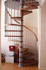 reforma escaleras caracol